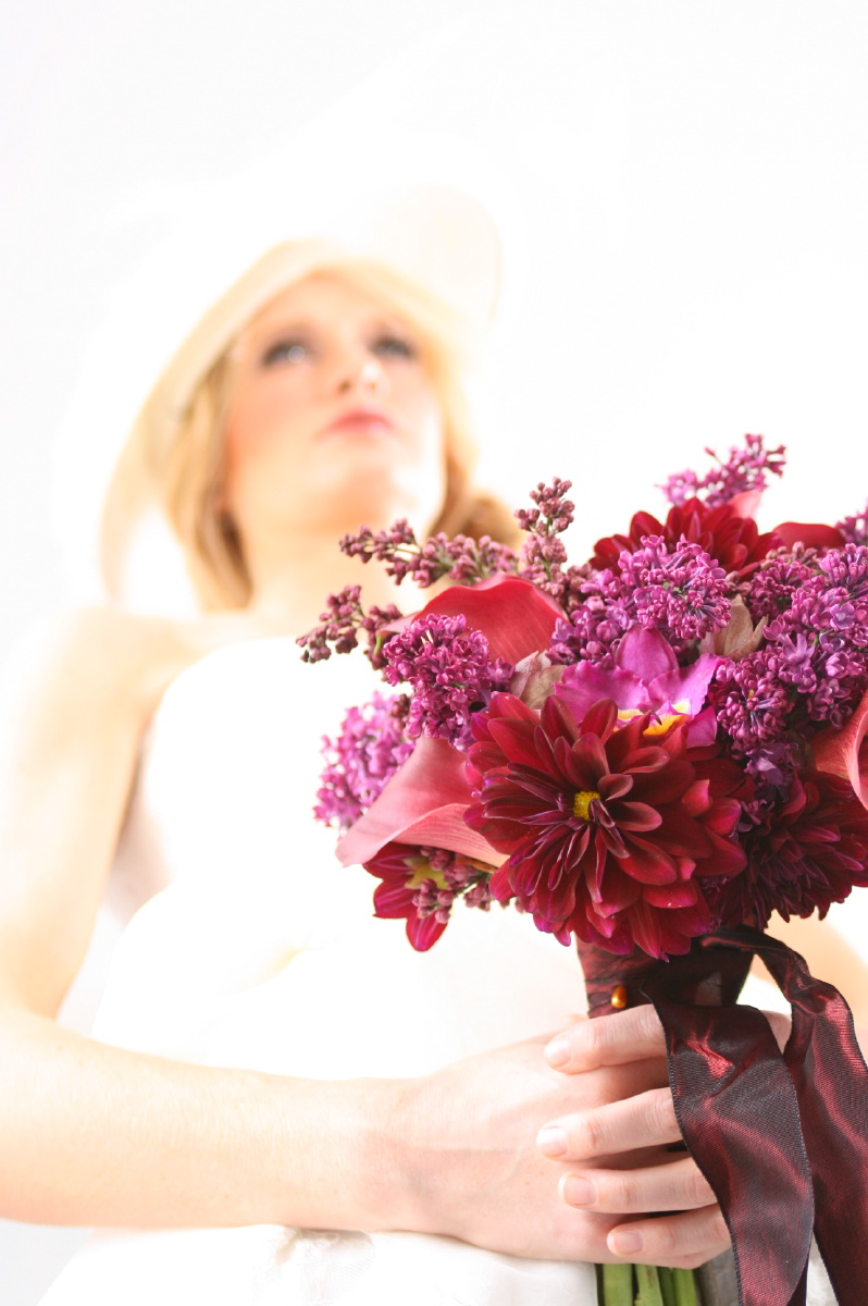 Lilac, Dahlia, Engaged Magazine, Holly Heider Chapple Flowers, Robert Isacson Photography