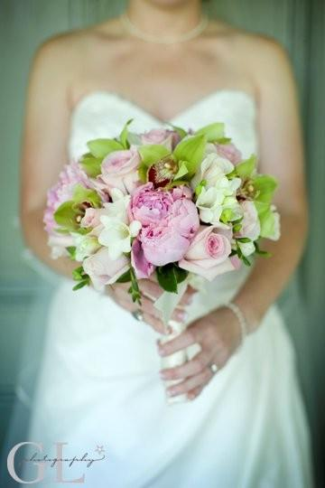 peonies, orchids, freesia, Roses, Genevieve Leiper photography