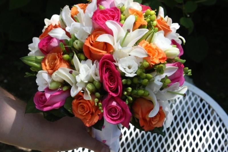 White Lily Orange And Pink Roses For Colleen At Whitehall Manor