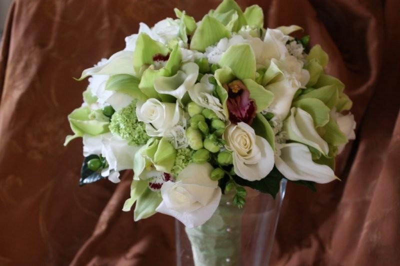 Washingtonian's Bride and Groom Magazine, Press & Publications, Cymbidium Orchids, Calla Lilies, Roses