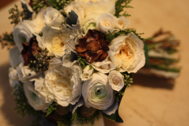 Brown Wedding Flowers Archives - Holly Chapple Holly Chapple Brown ...