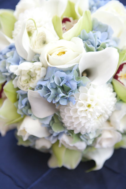 Ross & Meredith\'s Blue and Green Wedding Flowers at Sequoia - Holly ...