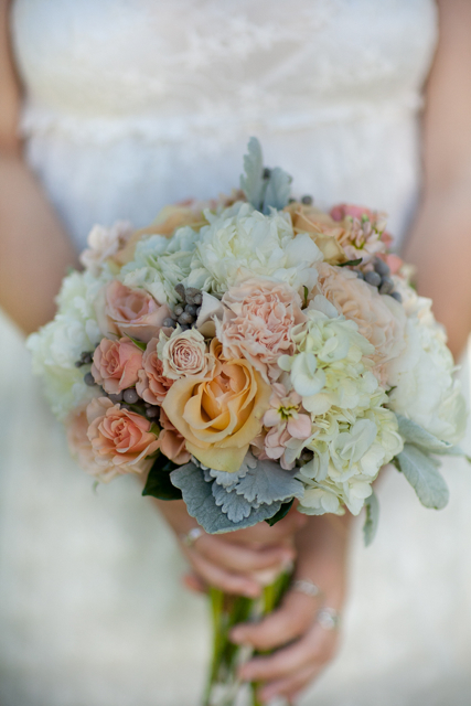 We love peach coral and gray wedding flowers