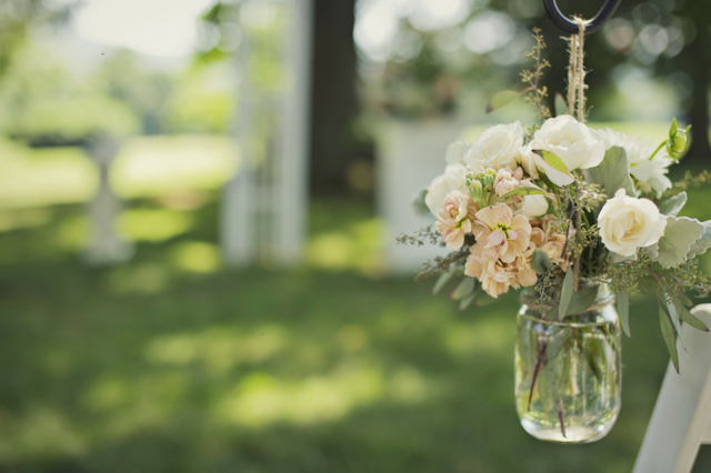 whitehall wedding, mason jar aisle markers, peach flowers