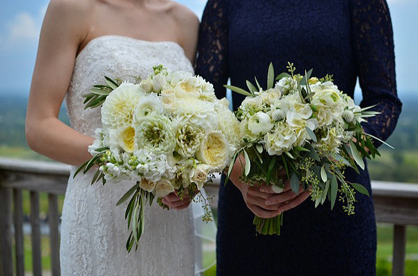 bluemont vineyard, holly heider chapple flowers, wedding florist Leesburg