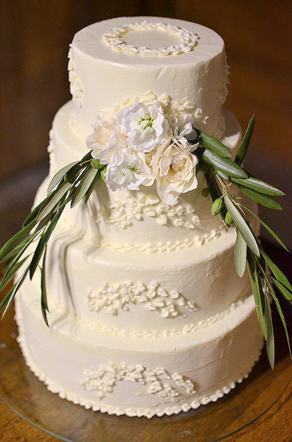 olive branch, wedding cake