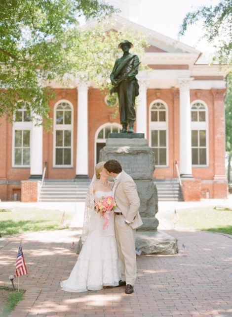 leesburg weddings, coral and yellow wedding in Loudoun