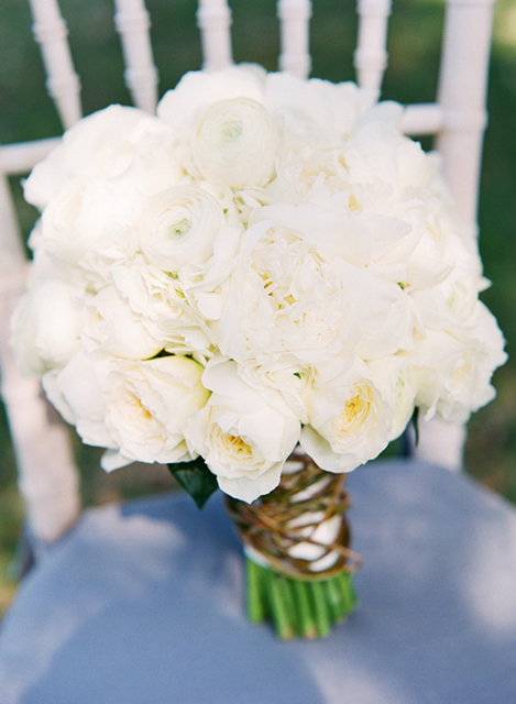 white bridal bouquet, holly chapple wedding florist, white roses, white ranunculus, white peony, murray hill