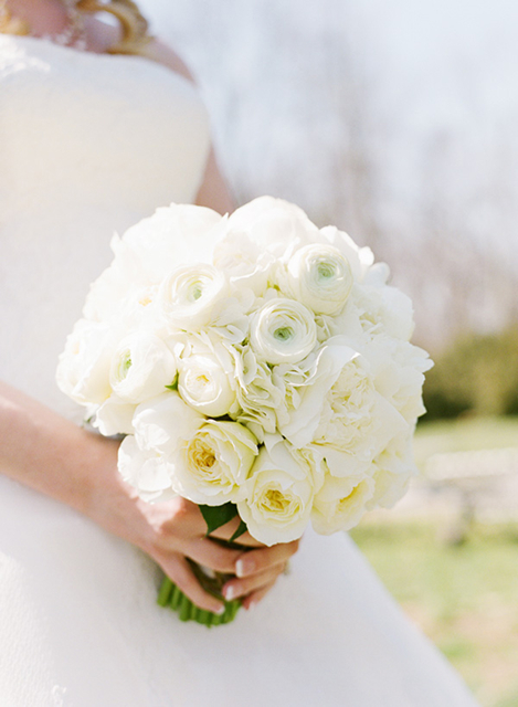 white cabbage roses, white patience cabbage roses, white bridal bouquet