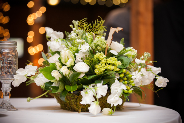 white and green wedding flowers, loudoun weddings