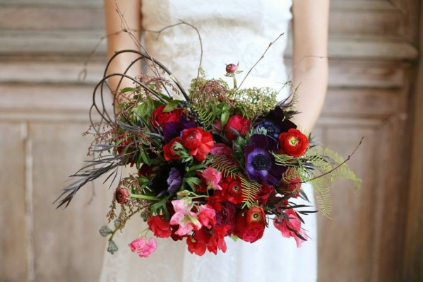 red flowers blue flowers exquisite designs chicago bouquet chapel designers diana marie photography