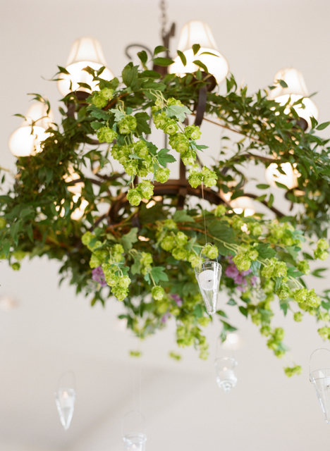 flower chandeliers, hanging flower arrangements