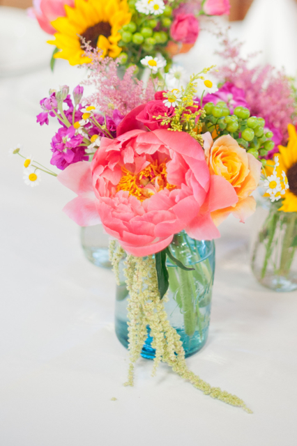 flowers in mason jars, hollly chapple flowers