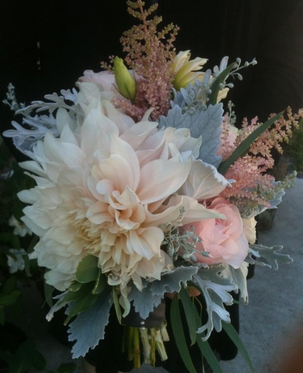 dusty miller dahlia astilbe bouquet blush pink