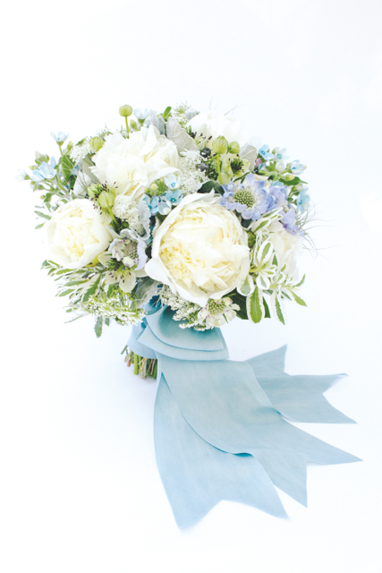 blue, peony, ribbon, Southern Weddings, Holly Chapple,